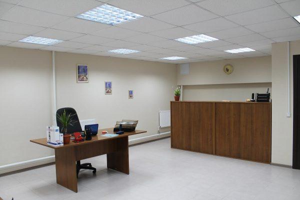Место секретаря в офисе на 1 Тихвинском тупике