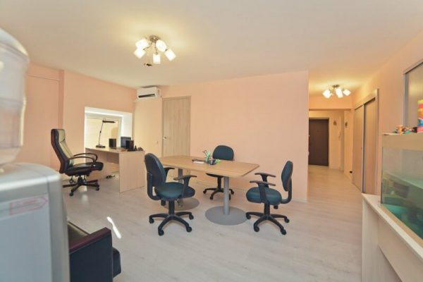 Офис на Прихожая офиса Старомонетный переулок 33